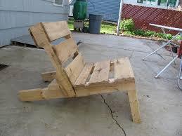 krzesło wykonane z palety euro